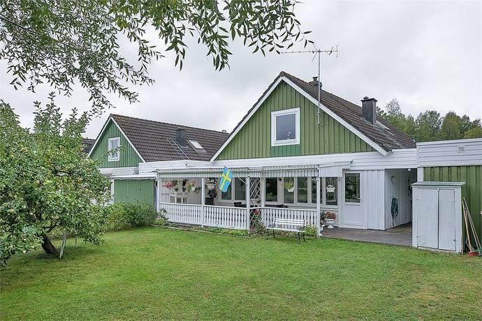 Bild: 5 rum villa på Malinbodaplan 12, Katrineholms kommun Laggarhult