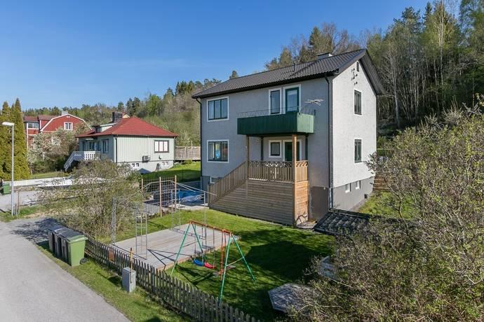 Bild: 7 rum villa på Bergs backe 6, Västerviks kommun Verkebäck