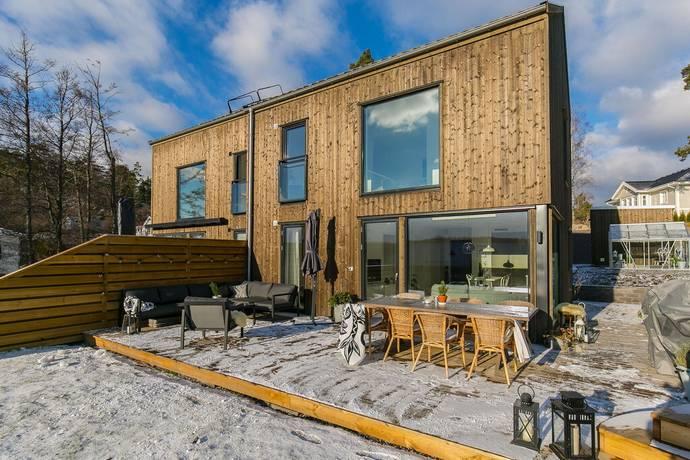 Bild: 5 rum bostadsrätt på Bertils väg 6A, Huddinge kommun Glömsta