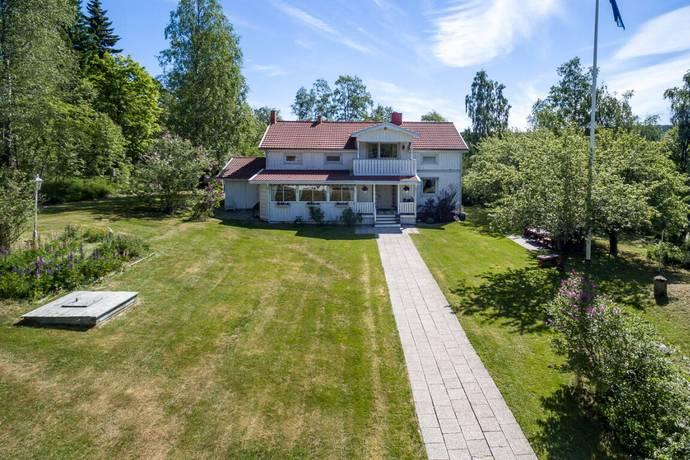 Bild: 6 rum gård/skog på Gudmundsbyn 117, Sundsvalls kommun