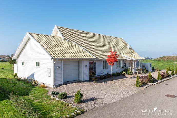 Bild: 3 rum villa på Granitvägen 2, Laholms kommun Laholm