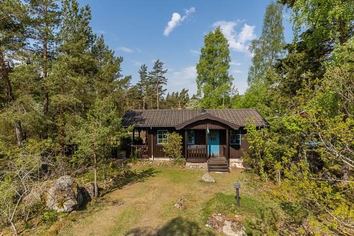 Bild: 3 rum fritidshus på Benkroksvägen 1, Oskarshamns kommun Dragskär