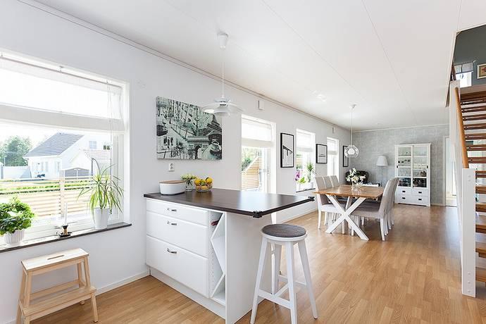 Bild: 5 rum villa på Vallentins väg 4, Kalmar kommun Trekanten