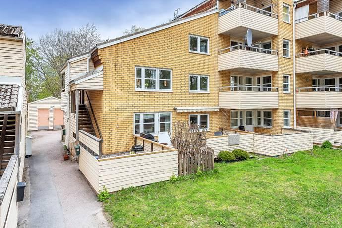 Bild: 2 rum bostadsrätt på TREFALDIGHETSVÄGEN 20C, Täby kommun GRIBBYLUND