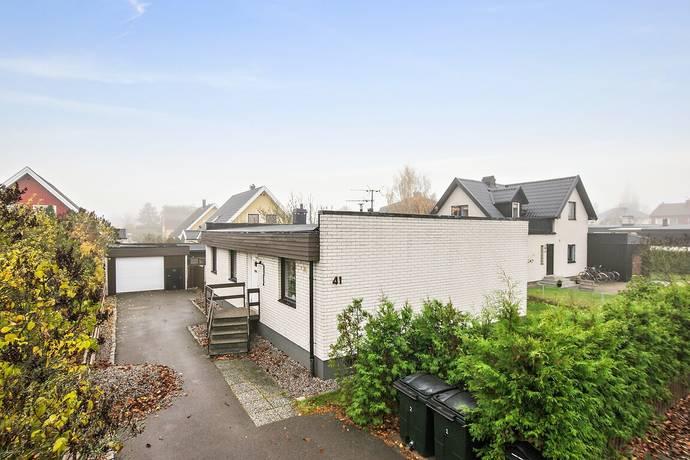 Bild: 7 rum villa på Heleneborgsgatan 41, Norrköpings kommun Hallberga