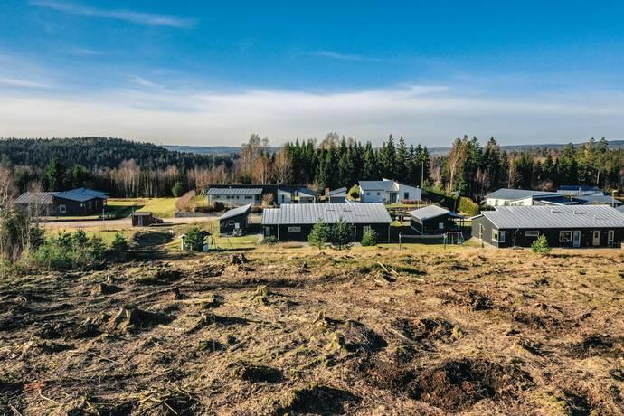 Bild: tomt på Albertsforsvägen, Lerums kommun Stamsjö