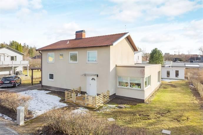 Bild: 7 rum villa på Betselvägen 17, Järfälla kommun Jakobsberg