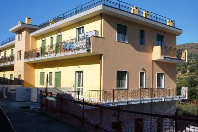 Bild: 2 rum bostadsrätt på Terzorio, Italien Ligurien