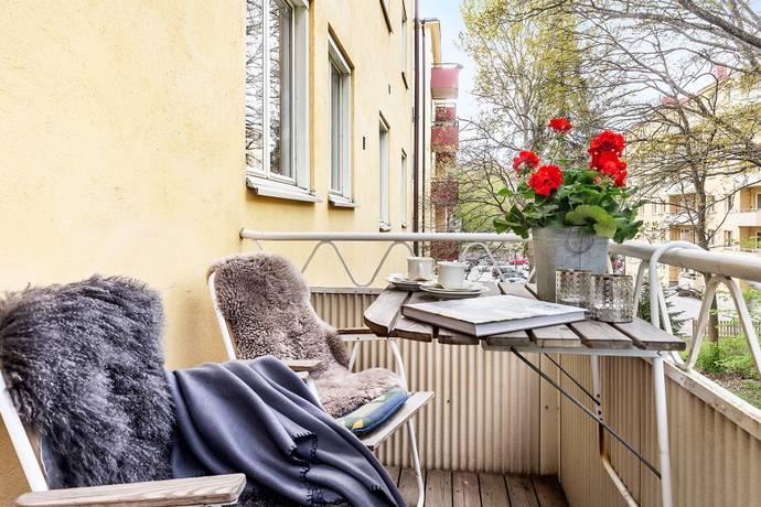 Bild: 2 rum bostadsrätt på Uppfartsvägen 11, 2 tr, Solna kommun Gamla Råsunda