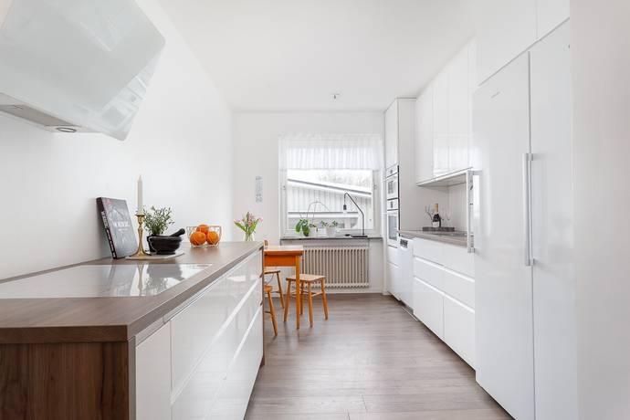 Bild: 3 rum bostadsrätt på Hagaplan 3 , Umeå kommun Haga
