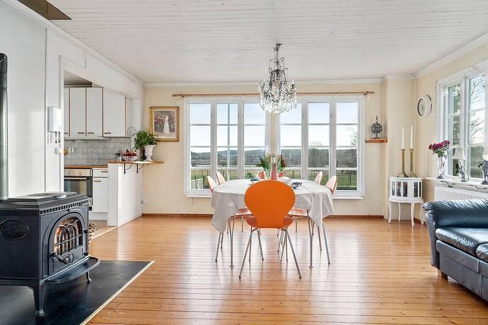 Bild: 6 rum gård/skog på Norrmannebo 290, Kungälvs kommun