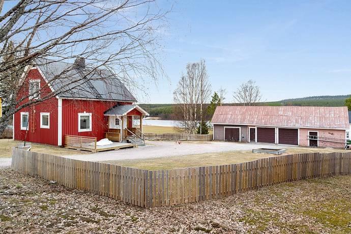 Bild: 3 rum villa på Svartbyvägen 176, Överkalix kommun Överkalix - med brusande forsar och stilla vatten
