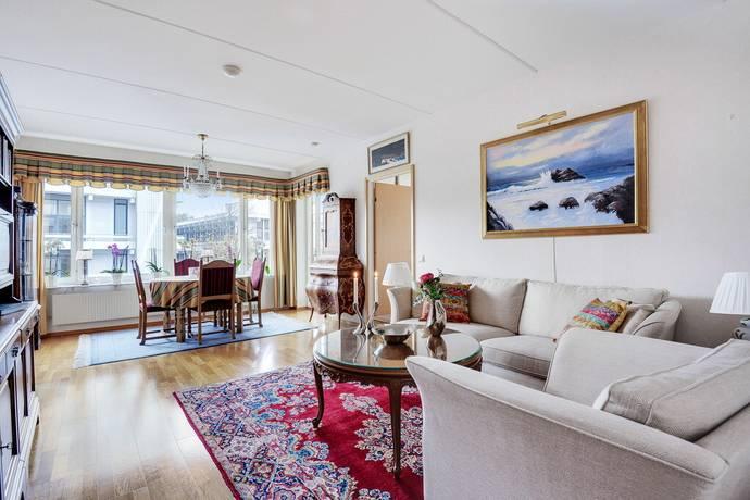 Bild: 4 rum bostadsrätt på Karins Allé 4, våning 3, Lidingö kommun Lidingö