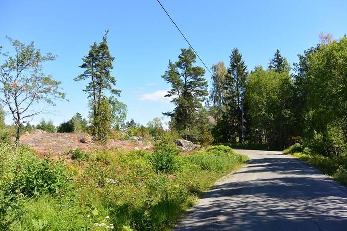 Bild: tomt på Gräfstavägen 49, Norrtälje kommun Gräfsta - Uddeboö