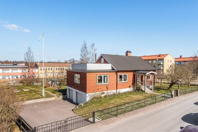 Bild: 4 rum villa på Bangatan 9, Motala kommun Nedre Holm