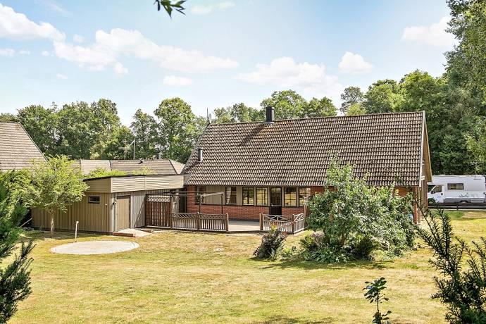 Bild: 6 rum villa på Glimmervägen 12, Höörs kommun Orupsbacken