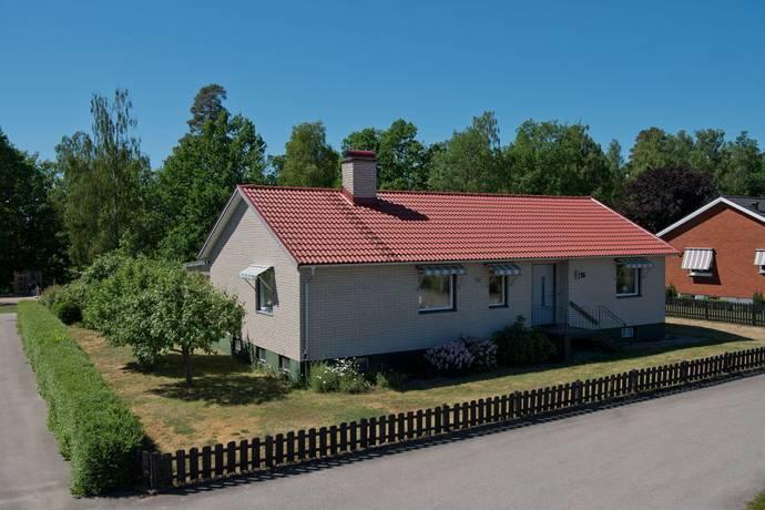 Bild: 4 rum villa på Målaregränd 16, Växjö kommun Räppe