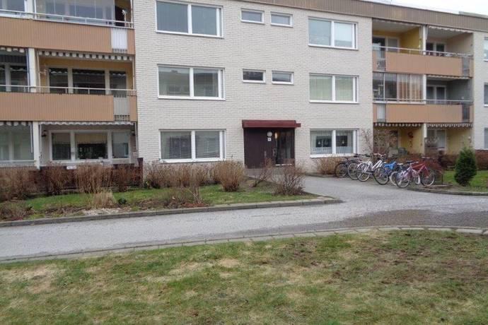 Bild: 3 rum bostadsrätt på Hjortronvägen 85, Upplands-Bro kommun Tibble