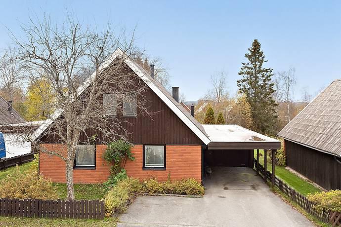 Bild: 5 rum villa på Nyrénsvägen 10, Ovanåkers kommun Edsbyn-Lillbo
