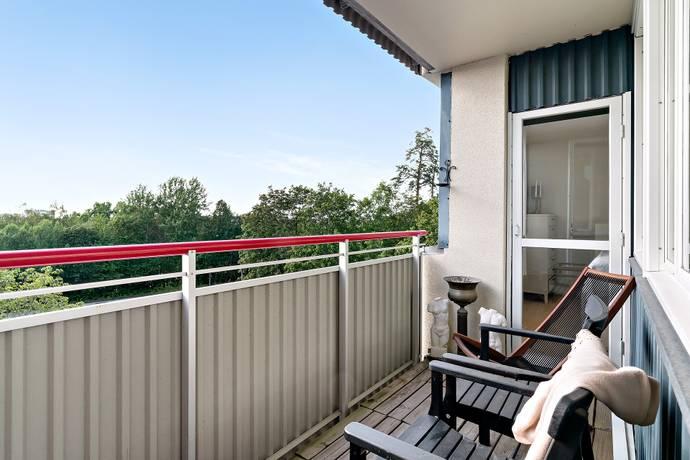 Bild: 6 rum bostadsrätt på Släggbacken 2, Solna kommun Huvudsta