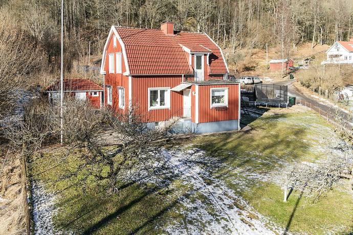 Bild: 5 rum villa på Linderydsvägen 1, Borås kommun BORÅS
