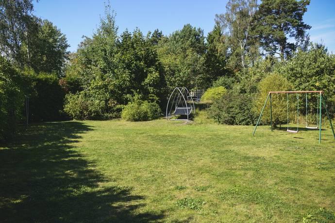 Bild: tomt på Falks Väg 36, Danderyds kommun Berga