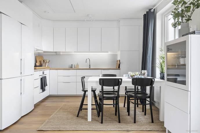Bild: 4 rum bostadsrätt på Gärdesvägen 4c, Håbo kommun Bålsta