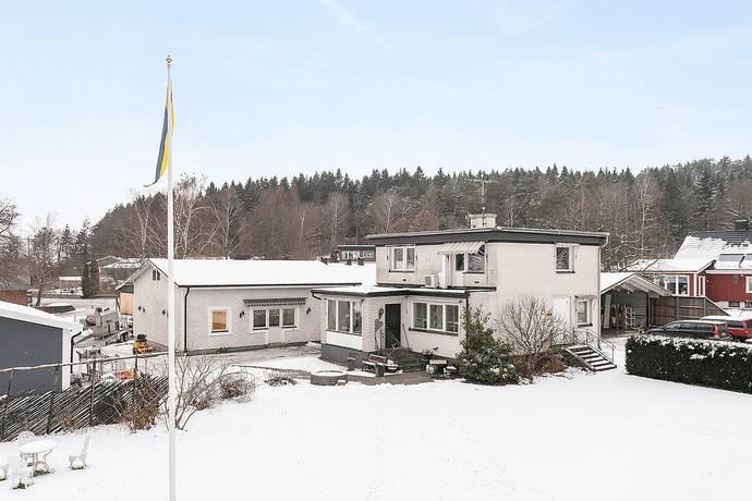 Bild: 185 m² villa på Brandmansvägen 3, Varbergs kommun Skällinge