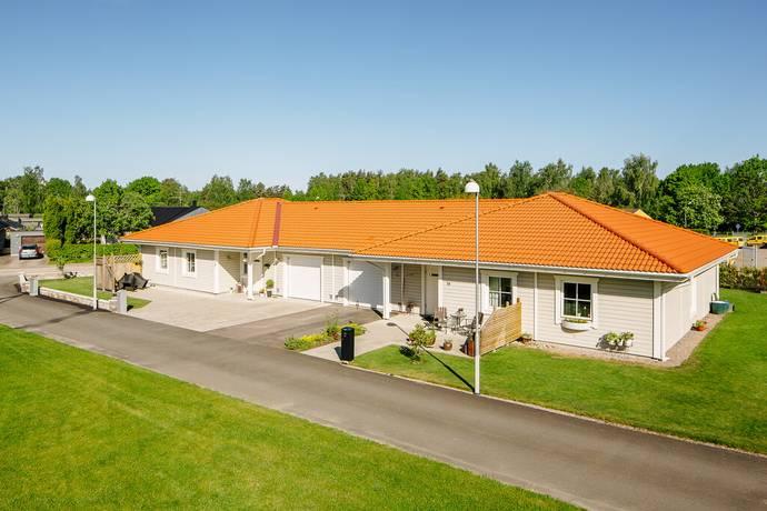 Bild: 3 rum villa på Poppelvägen del 1A, Tomelilla kommun