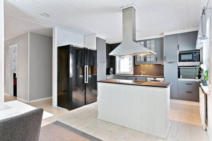 Bild: 8 rum villa på Husbyvägen 20, Trosa kommun VAGNHÄRAD