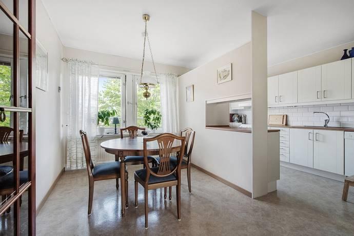 Bild: 3 rum bostadsrätt på Carl Roséns gränd 12, Uddevalla kommun Dalaberg