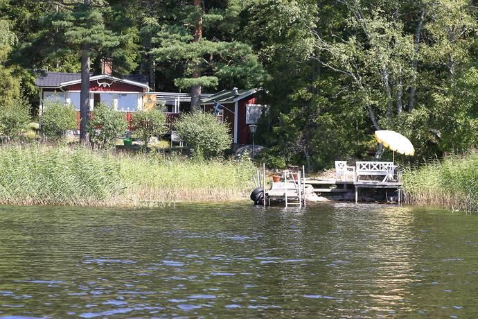 Bild: 3 rum fritidshus på Rävön 110, Hammarö kommun