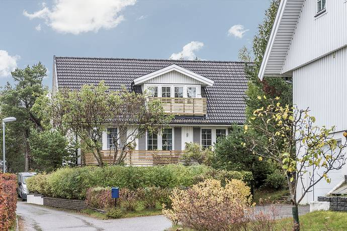 Bild: 7 rum villa på Norra Vägen 41, Haninge kommun Handen