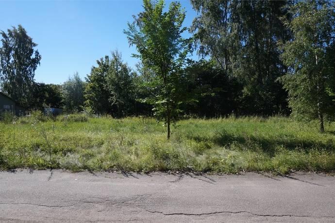 Bild: tomt på Cronstedts väg 8, Tierps kommun Söderfors