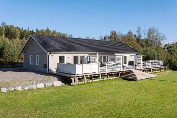 Bild: 5 rum villa på Övre Raholmsvägen 104, Sundsvalls kommun Alnö