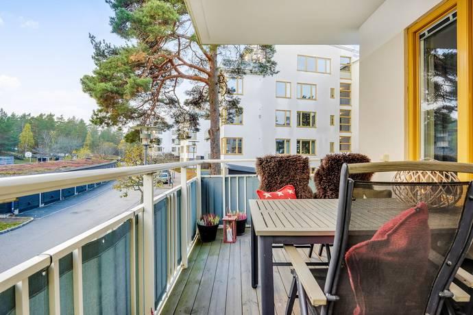 Bild: 4 rum bostadsrätt på Karins Allé 4, våning 3, Lidingö kommun Näset