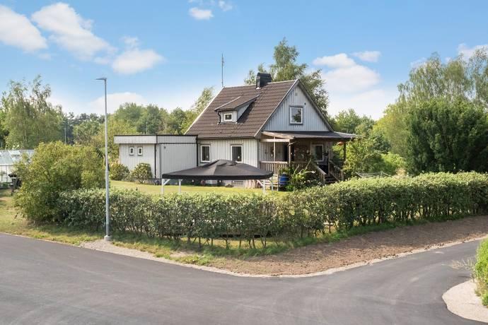 Bild: 5 rum villa på Tranegatan 5, Åstorps kommun Åstorp
