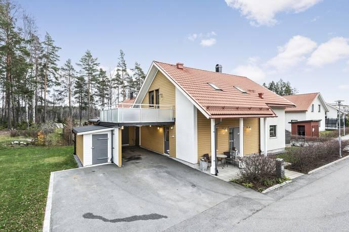 Bild: 5 rum villa på Körsbärsvägen 21, Sigtuna kommun Steningehöjden