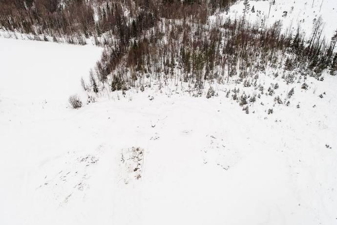 Bild: tomt på Björngårdsvägen 121, Luleå kommun Björsbyn
