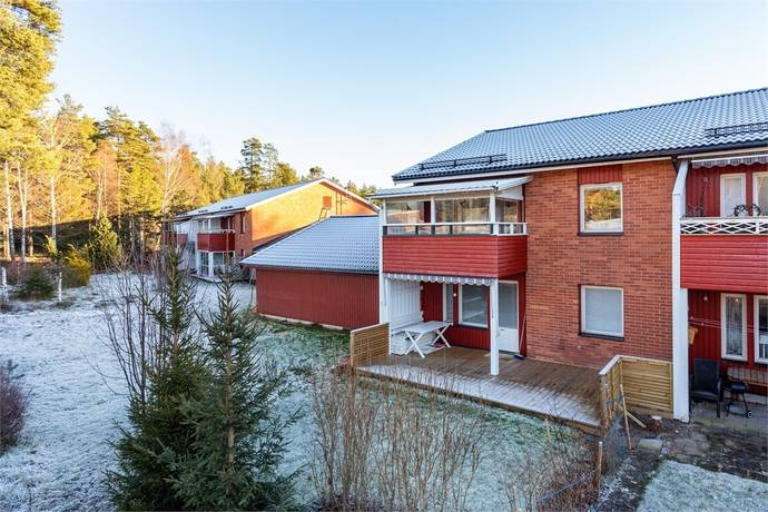 Bild: 3 rum bostadsrätt på Högstadieplan 30A, Lindesbergs kommun Lindesberg - Stadsskogen