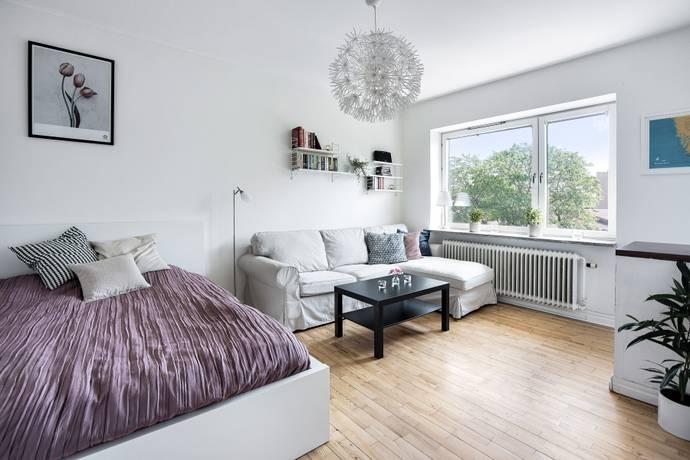 Bild: 1 rum bostadsrätt på Guldsmedsvägen 3, Stockholms kommun Blåsut