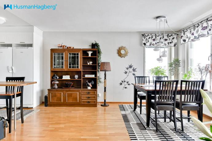 Bild: 2 rum bostadsrätt på Mariehemsvägen 122, Umeå kommun Mariehem