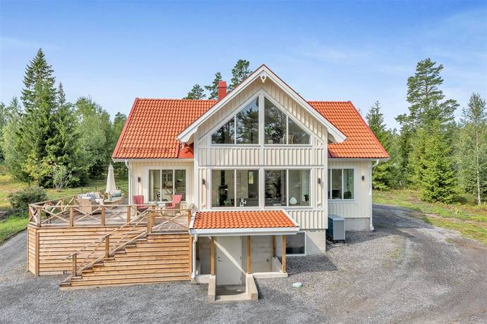 Bild: 4 rum villa på Brobacken 13, Norrtälje kommun Häverö - Trästa