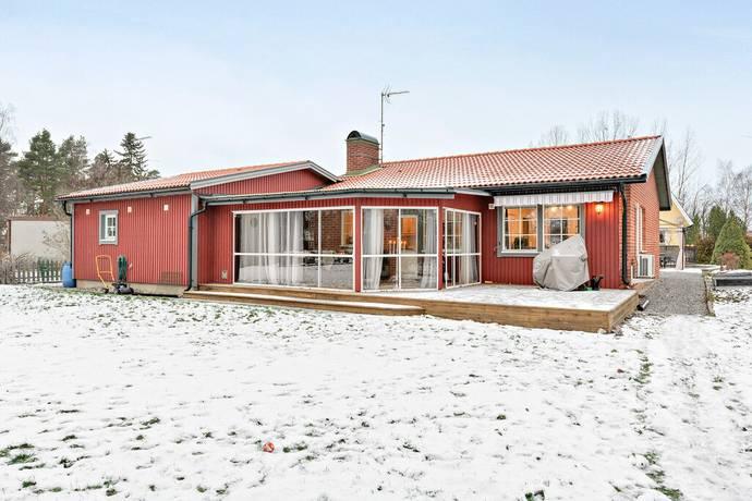 Bild: 5 rum villa på Ringarevägen 1, Enköpings kommun Enköping