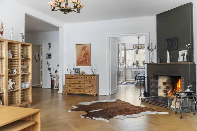 Bild: 4,5 rum bostadsrätt på Skvadronsgatan 8, Malmö kommun Ribersborg