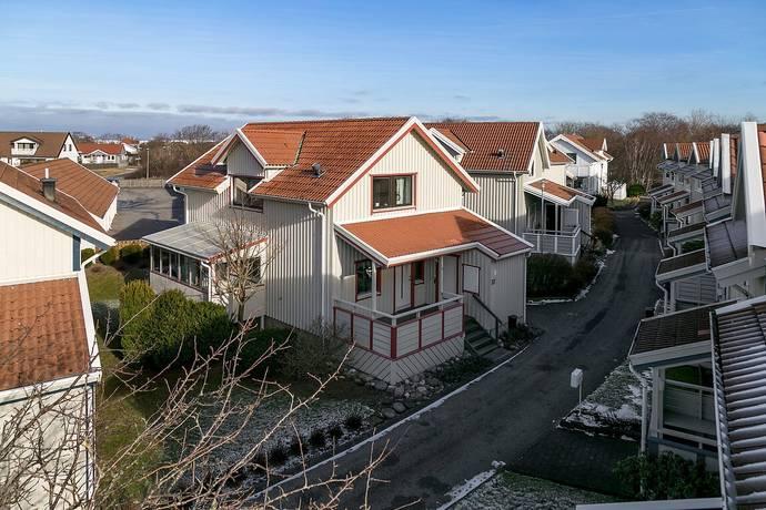 Bild: 4 rum villa på Nyponvägen 57, Lysekils kommun Lysekil
