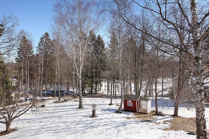 Bild: tomt på Tulpanvägen 29, Järfälla kommun Kallhäll