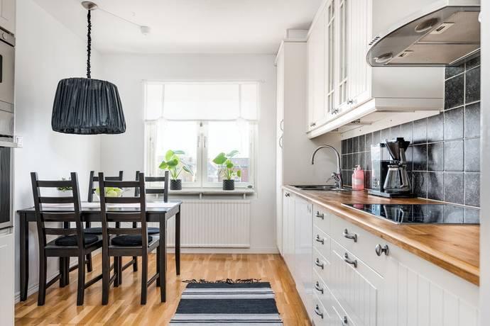 Bild: 3 rum bostadsrätt på Hällsjövägen 21, Borlänge kommun Hagalund