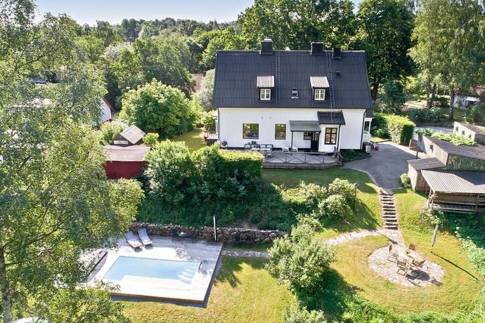 Bild: 8 rum villa på Kvarngatan 22, Höörs kommun Höör