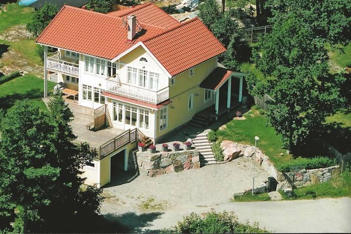 Bild: 8 rum villa på Löjviksvägen 30, Vaxholms kommun Resarö